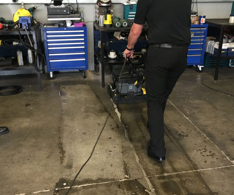 Karcher BR 40/10 C Adv Auto Scrubber for the Workshop