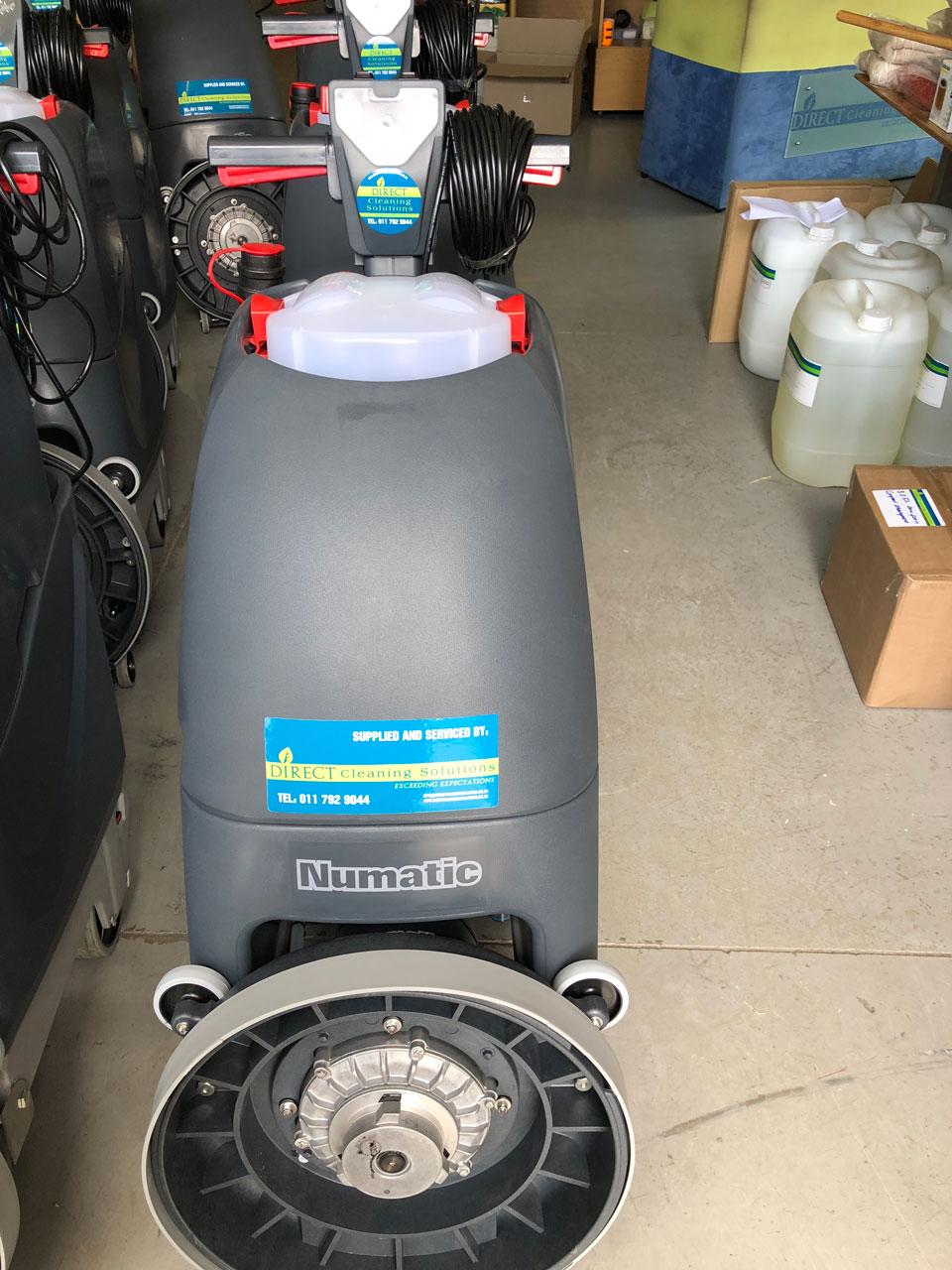 Numatic-TTB4045-Electric-Auto-Scrubbers-1